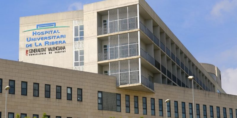 El Hospital de La Ribera desmiente por segunda vez este año que haya sobrecostes en la facturación a la Conselleria