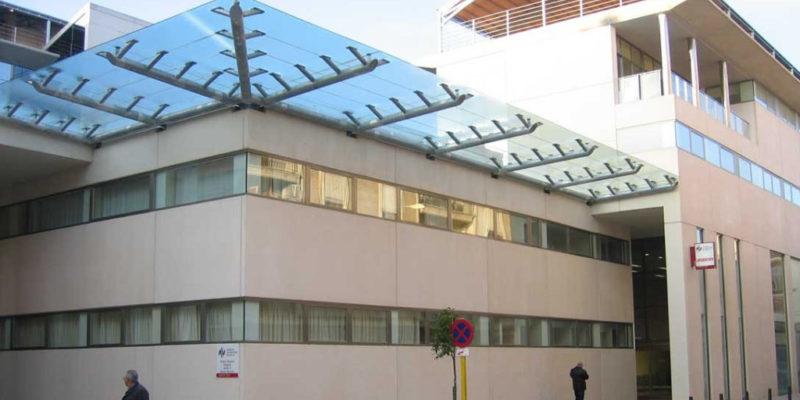 El Departamento de Salud de La Ribera destina 2,5 millones de euros a la contratación de cerca de 400 profesionales para los planes de vacaciones y refuerzos de verano