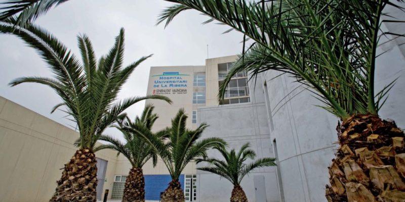 El Hospital de La Ribera niega que los pacientes de Urgencias estén desatendidos como afirma CCOO