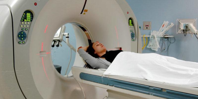 El Hospital de La Ribera ha diagnosticado más de 900 nuevos casos de cáncer en 2017